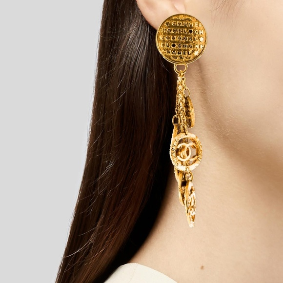 CHANEL Jewelry - Chanel Vintage Chain and Medallion Drop Earrings